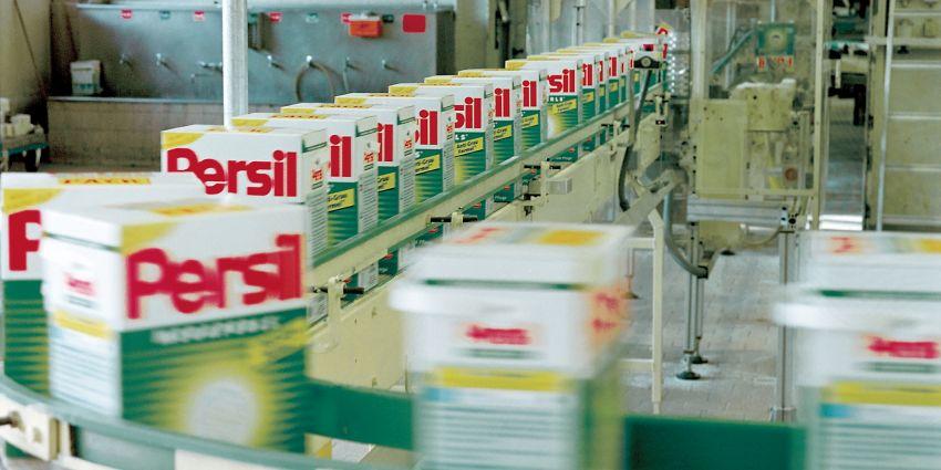 Rudolf Holtappel, Megaperlfabrik, Henkel, 2000 © Konzernarchiv Henkel AG & Co. KGaA