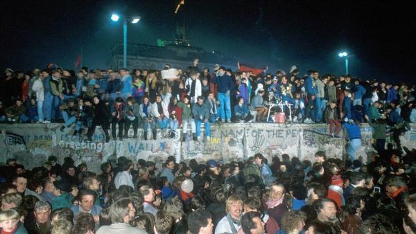 25 Jahre Mauerfall in Fiktion und Dokumentation